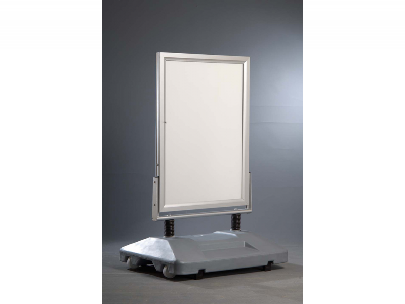 Porte affiche de sol sur pied flexible lest metal for Porte affiche exterieur